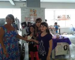 A doação das vendas para a voluntária Denise